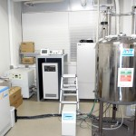 NMR ADAM共同利用機器です。