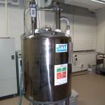 NMR ADAM共同利用機器です。 JEOL Lambda400 です。