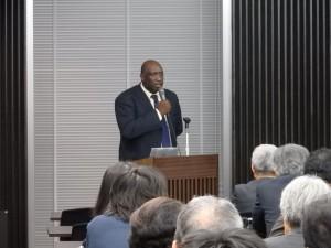 アフリカに期待し続けた男の思い  ウスビ・サコ(京都精華大学・教授・人文学部長)